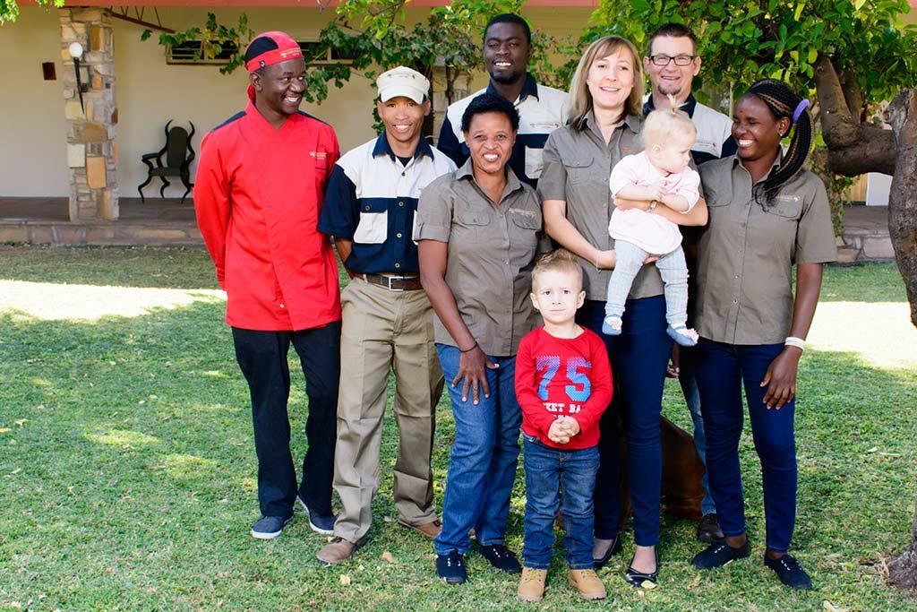 Das Team der Gästefarm Dornhügel